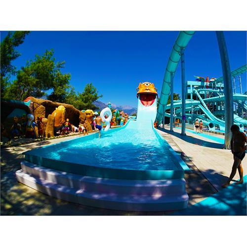 Boomerango Tube and Extreme Water Slide